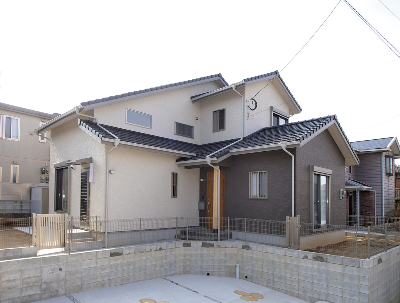 http://www.familiahouse.jp/a3a571c69d2cbd8571c85f16ef12e1ce87e42ab3.jpg